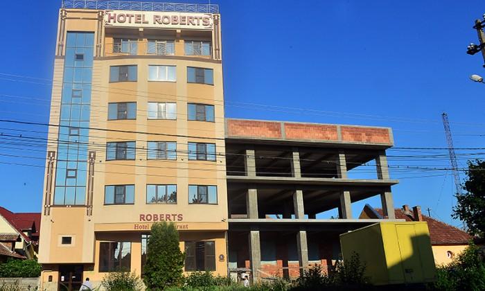 hotelul-lui-citrea-studiu-de-caz-ilegal-nedemolat-neamendat-si-tot-primaria-e-pusa-la-plata-32890