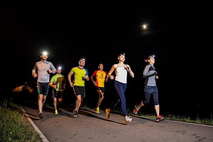 primul-concurs-de-cros-nocturn-in-sibiu-muzeul-satului-devine-pista-de-alergare-la-quot-night-cross-challenge-quot-33106