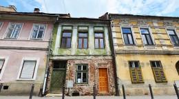inchiriez-gratuit-casa-pe-filarmonicii-doar-unei-familii-de-romi-cu-cel-putin-trei-copii-33147