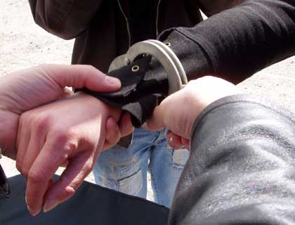 mandat-european-un-sibian-a-fost-arestat-la-noua-ani-dupa-ce-a-rapit-femei-33715
