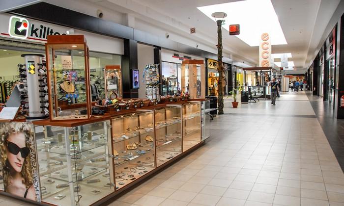 mall shopping city