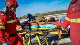 exercitiu accident autostrada, pompieri, incendiu, salvare smurd raniti (11) (Copy)