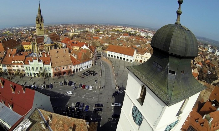 sibiu piata mica turnul sfatului biserica evanghelica drona (Copy)