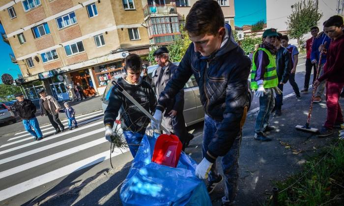 vecinatate activa_curatenie cartier strand (3)
