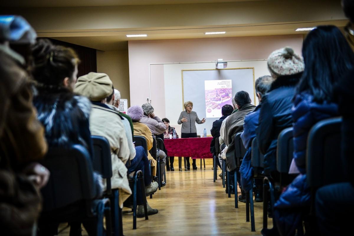 dezbatere publica 2 cu Fodor, popa, bokor (10) (Copy)