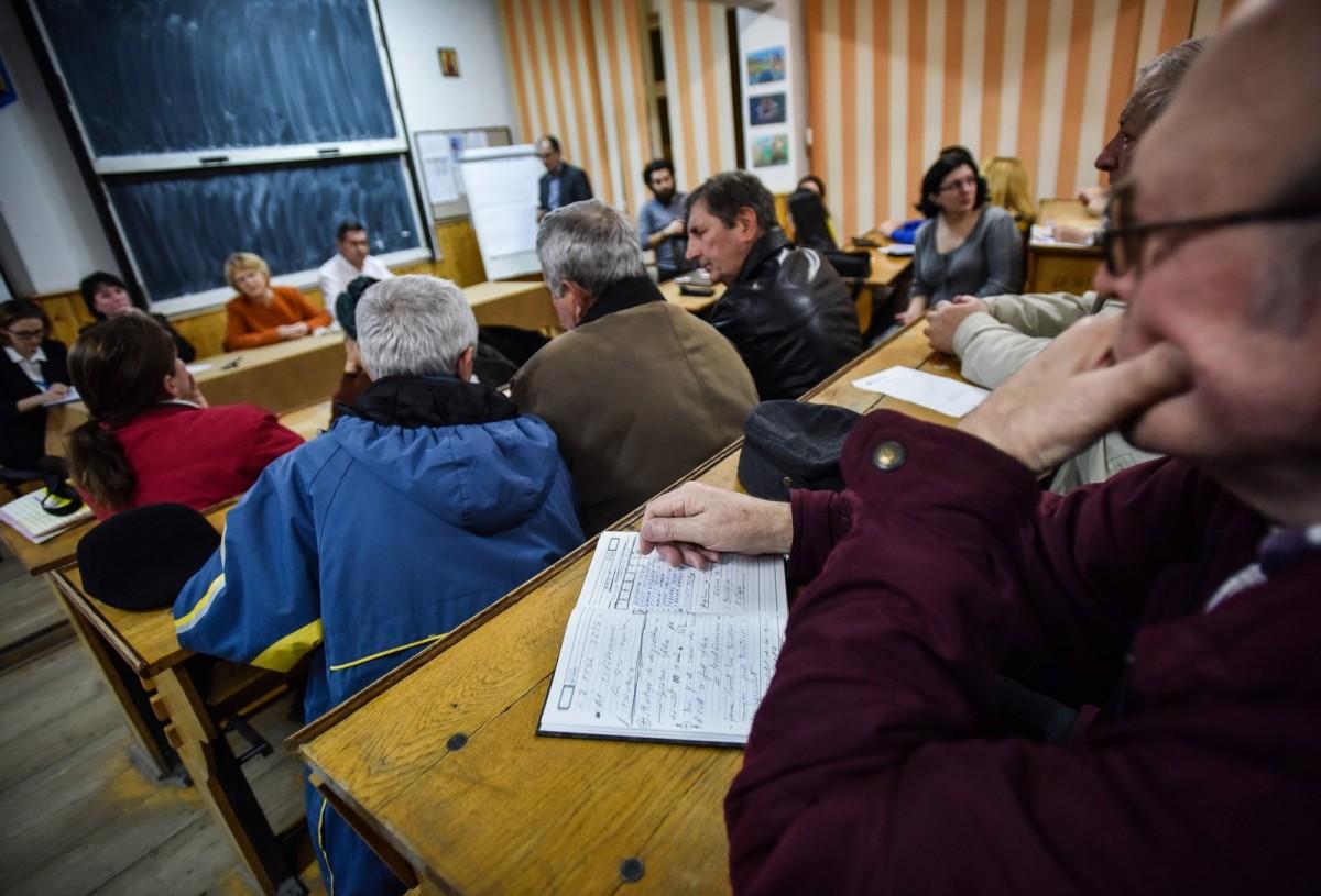 dezbatere publica strategia de dezvoltare Sibiu Astrid Fodor, Popa si Bokor (23) (Copy)
