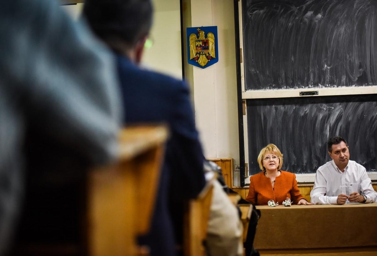 dezbatere publica strategia de dezvoltare Sibiu Astrid Fodor, Popa si Bokor (27) (Copy)