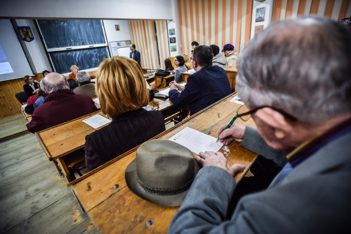 dezbatere publica strategia de dezvoltare Sibiu Astrid Fodor, Popa si Bokor (3) (Copy)