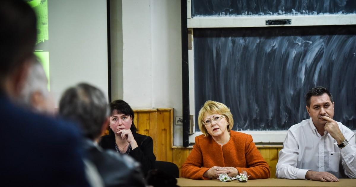 dezbatere publica strategia de dezvoltare Sibiu Astrid Fodor, Popa si Bokor (30) (Copy)