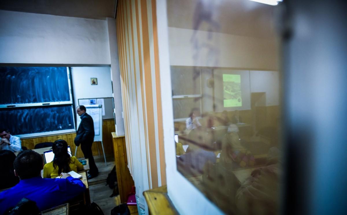 dezbatere publica strategia de dezvoltare Sibiu Astrid Fodor, Popa si Bokor (42) (Copy)