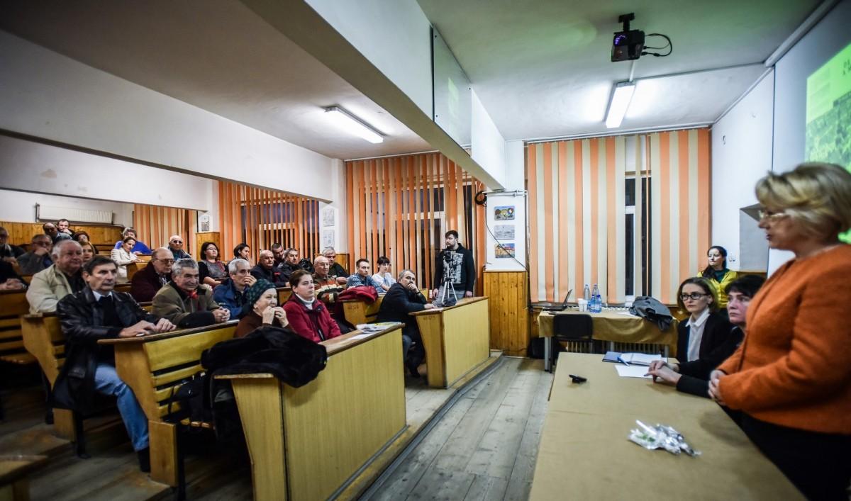 dezbatere publica strategia de dezvoltare Sibiu Astrid Fodor, Popa si Bokor (5) (Copy)