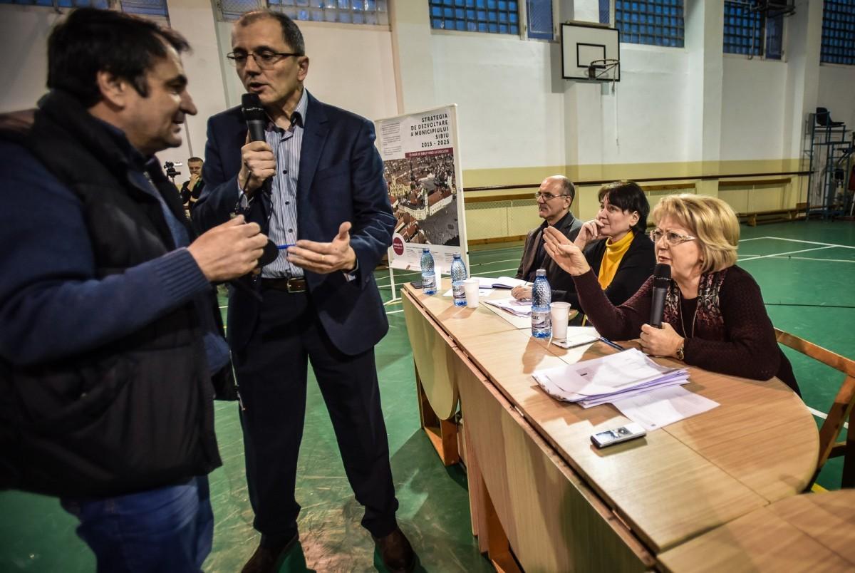 consultare publica strand dezbatere (25) (Copy)