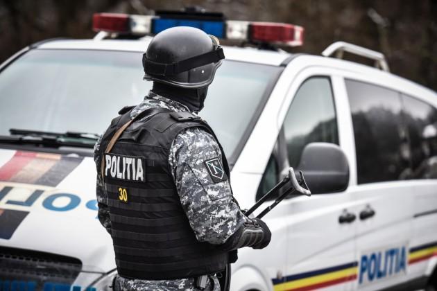 politie interventie mascati  ziua politiei (34)