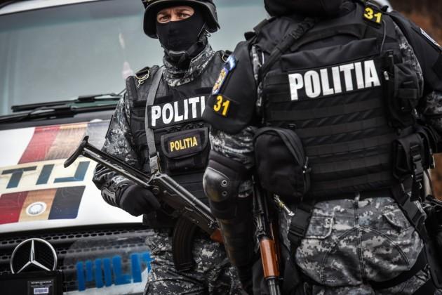 politie interventie mascati arma ziua politiei (46)