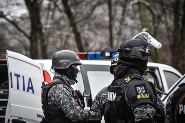 politie interventie mascati ziua politiei (5)