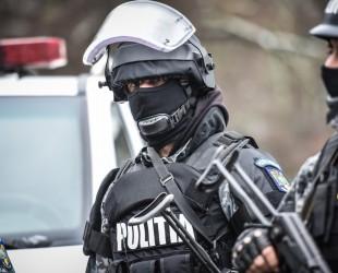 politie interventie mascati ziua politiei (53)
