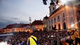FITS concert piata mare public