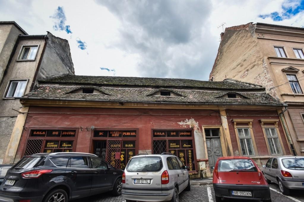 Proiect locuinte cu regim hotelier si spatii comerciale in centrul istoric al Sibiului tribunei (2)