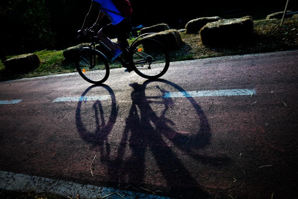 parc sub arini biciclist pista bicicleta (4)