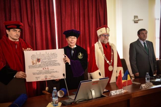 ULBS doctor honoris causa Beijing (1)