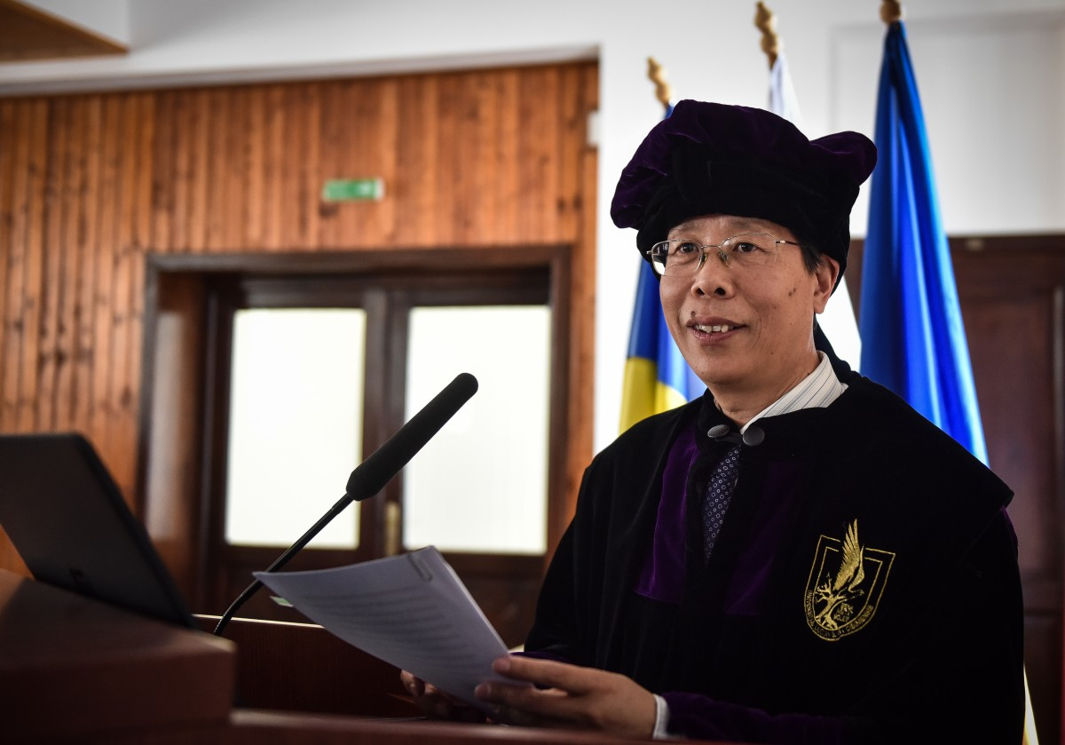 ULBS doctor honoris causa Beijing (5)
