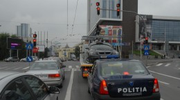 politia comunitara si utilaj ridicare masini