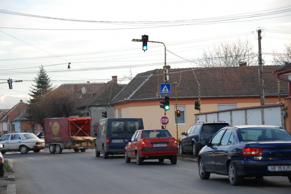 intersectie Magheranului Campului semafor 2008