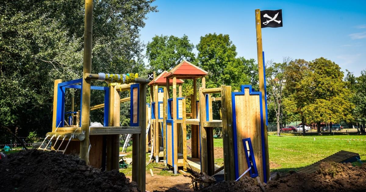 parc sub arini loc de joaca copii (8) (Copy)