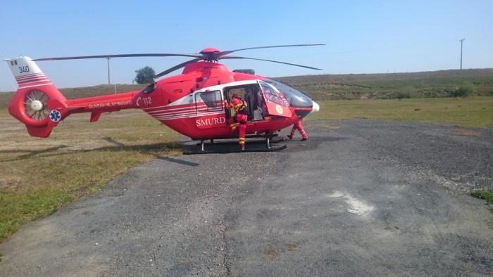 salvamont-elicopter-smurd-1
