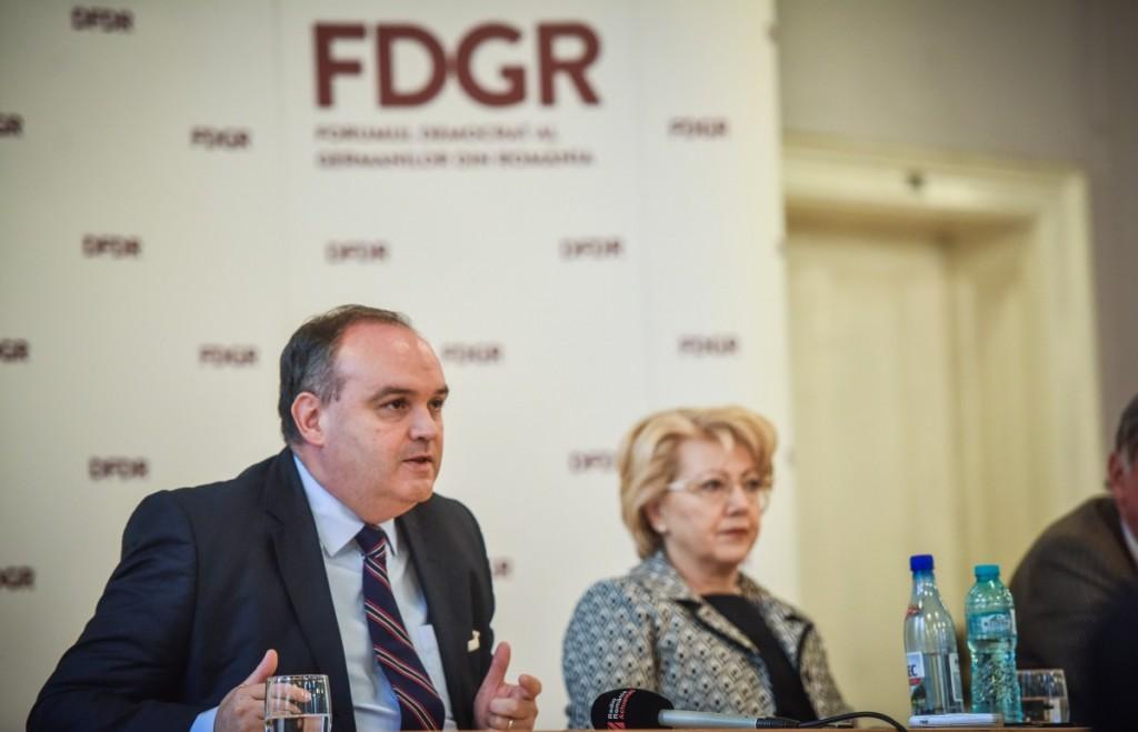 fdgr-gant-si-fodor-21