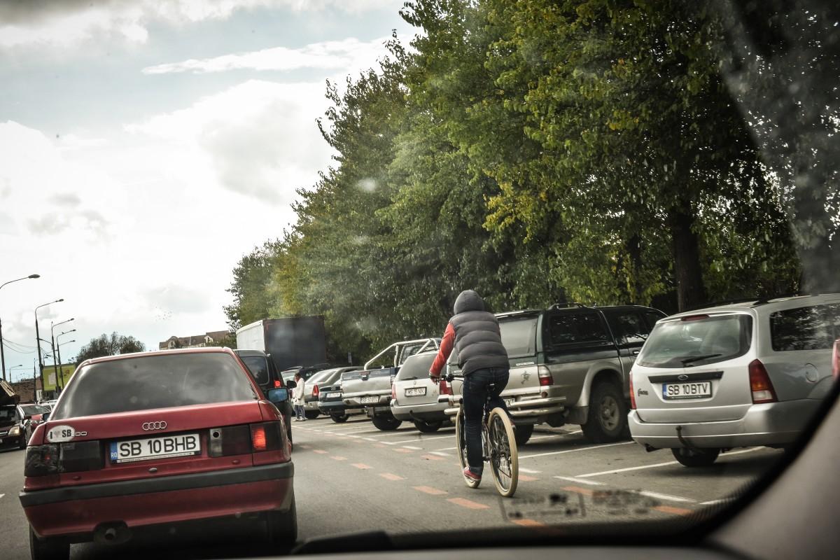 circulatie-bicicleta-scuter-masina-11