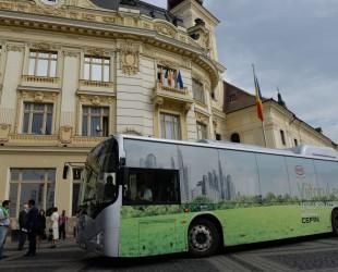 În toamna anului 2014, Sibiului i-a fost oferit, timp de o săptămână, un autobuz electric în teste. Actuala conducere a orașului nu e convinsă de performanțe