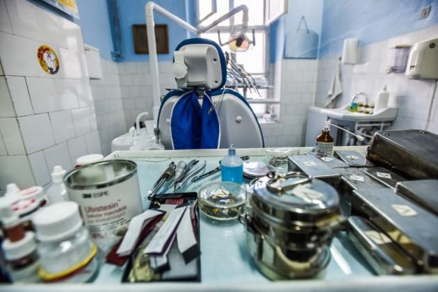 dentist-scoala-2-stomatolog-9
