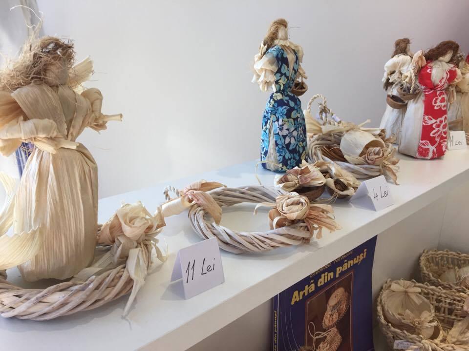 ornamente-ecologice-de-craciun-muzeul-astra