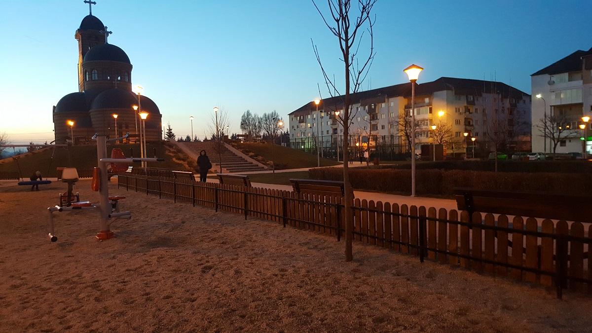 parc-strand-iluminat