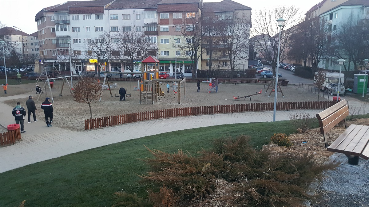 parc-strand-loc-de-joaca-ii