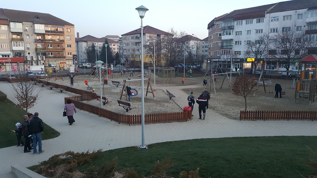 parc-strand-loc-de-joaca