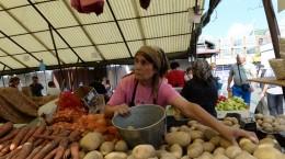 piata-cibin-legume-cartofi-tarani-2