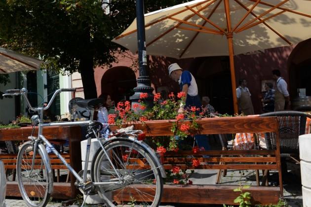 terasa-restaurant-kulinarium-cu-bicicleta-reducere-1