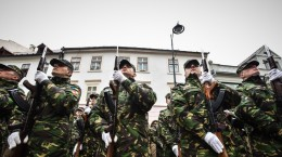 1 decembrie armata soldati