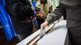 alegeri-parmalmentare-2016-vot-sectie-votare-15
