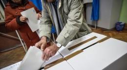 alegeri-parmalmentare-2016-vot-sectie-votare-51
