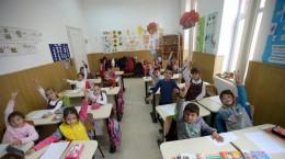 scoala-copii-elevi-racovita-4