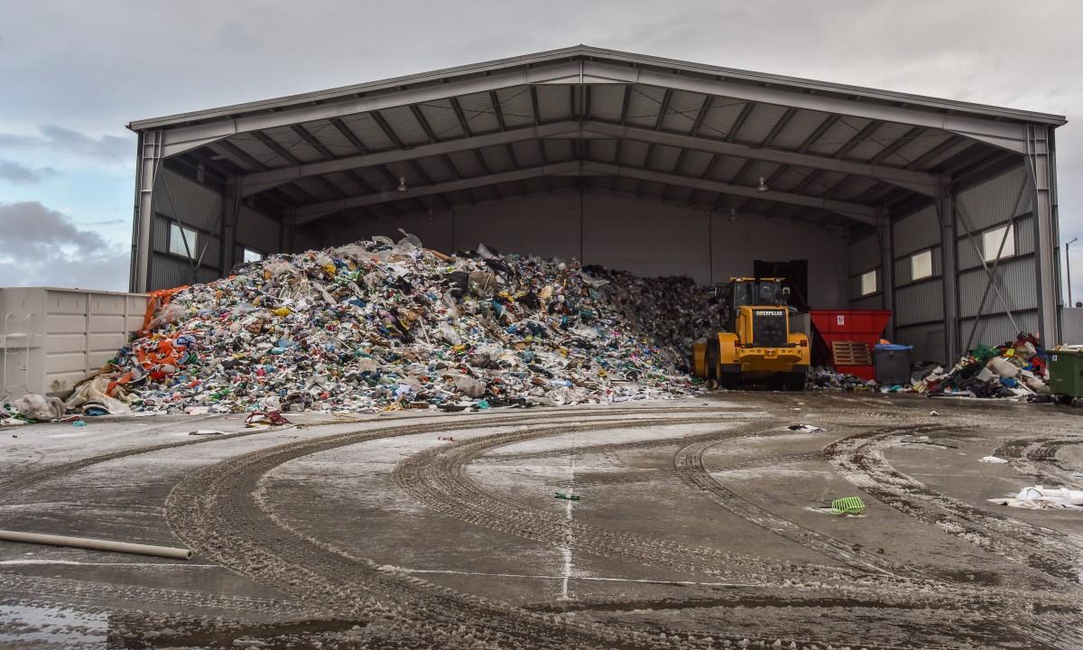 Deșeurile reciclabile colectate în realitate sunt la doar 15% din estimările făcute înainte de semnarea contractului