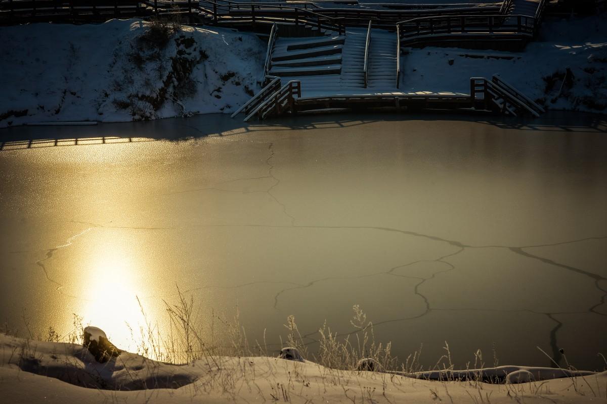 ocna-lacuri-inghetate-iarna-frig-ger-zapada-2