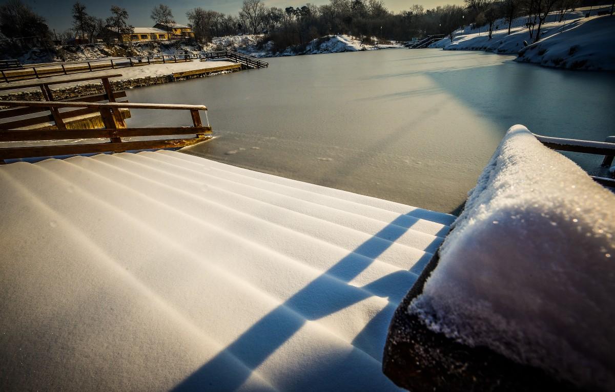 ocna-lacuri-inghetate-iarna-frig-ger-zapada-8