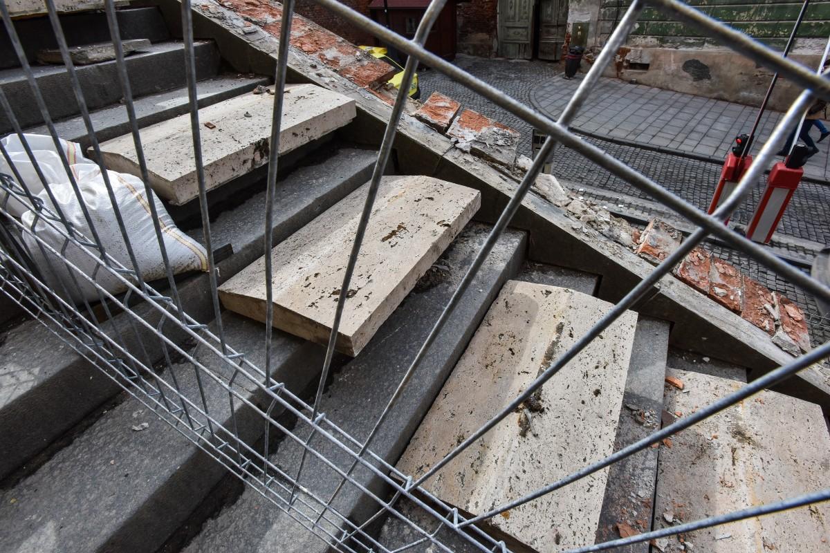 lucrari balustrada zid podul minciunilor (2)