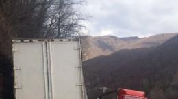 valea oltului accident trafic blocat (2)