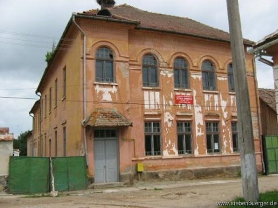 Kastenholz_Schulhaus