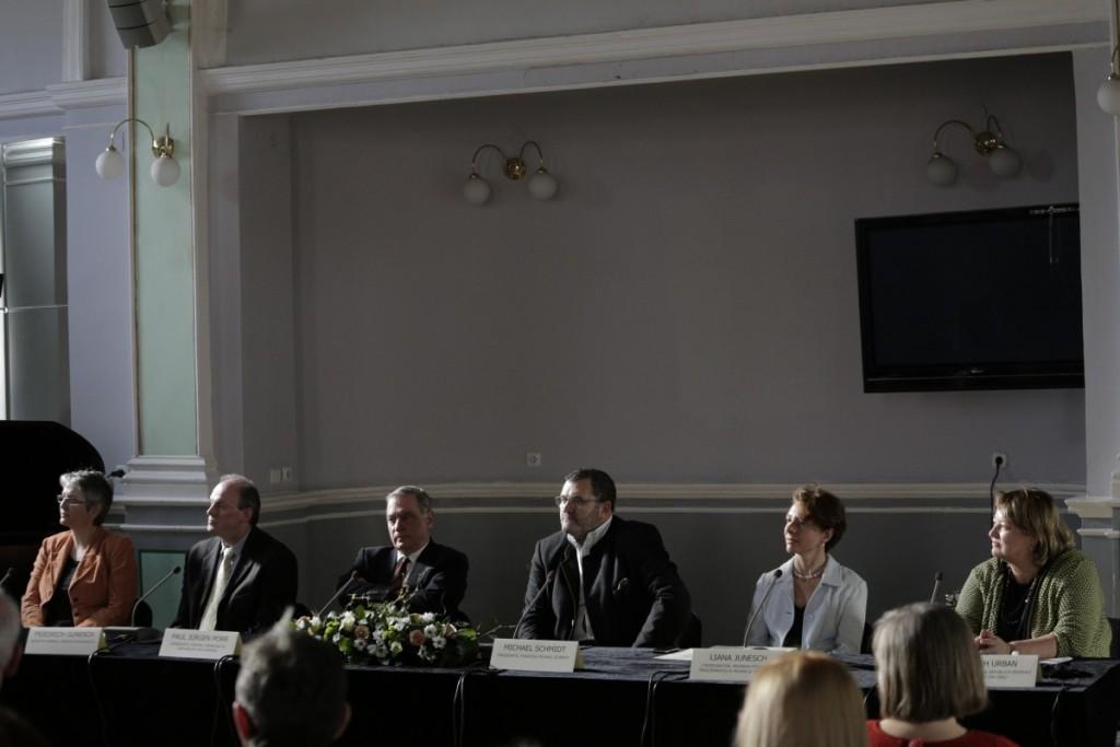 Livia Ilie, Friedrich Gunesch, Paul Porr, Michael Schmidt, Liana Regina Junesch, Judith Urban_1